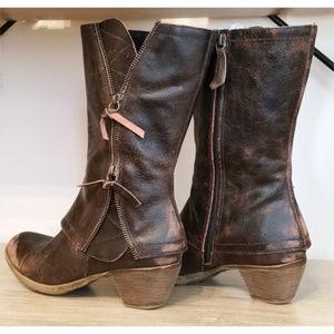 Matisse Dove leather  zipper boots sz 7.5